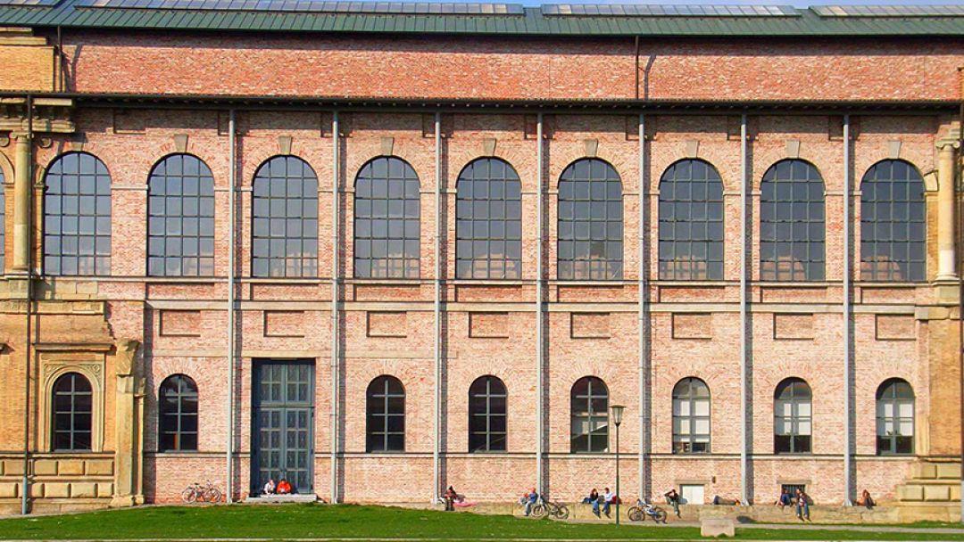 Старая Пинакотека - картинная галерея в Мюнхене