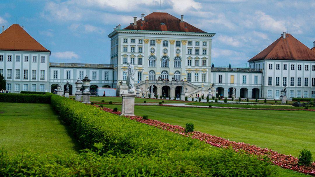 Дворец и парк Нимфенбург в Мюнхене