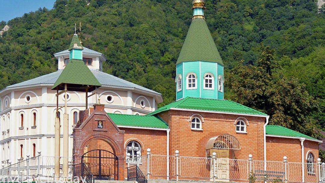 Два монастыря в Пятигорске