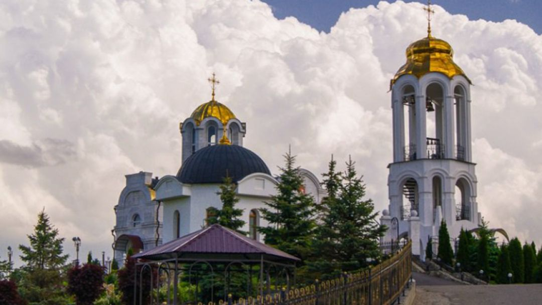 Два монастыря - фото 3