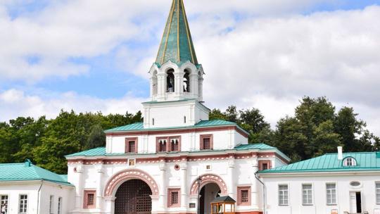 Экскурсия Царская резиденция – Коломенское, языковая экскурсия по Москве
