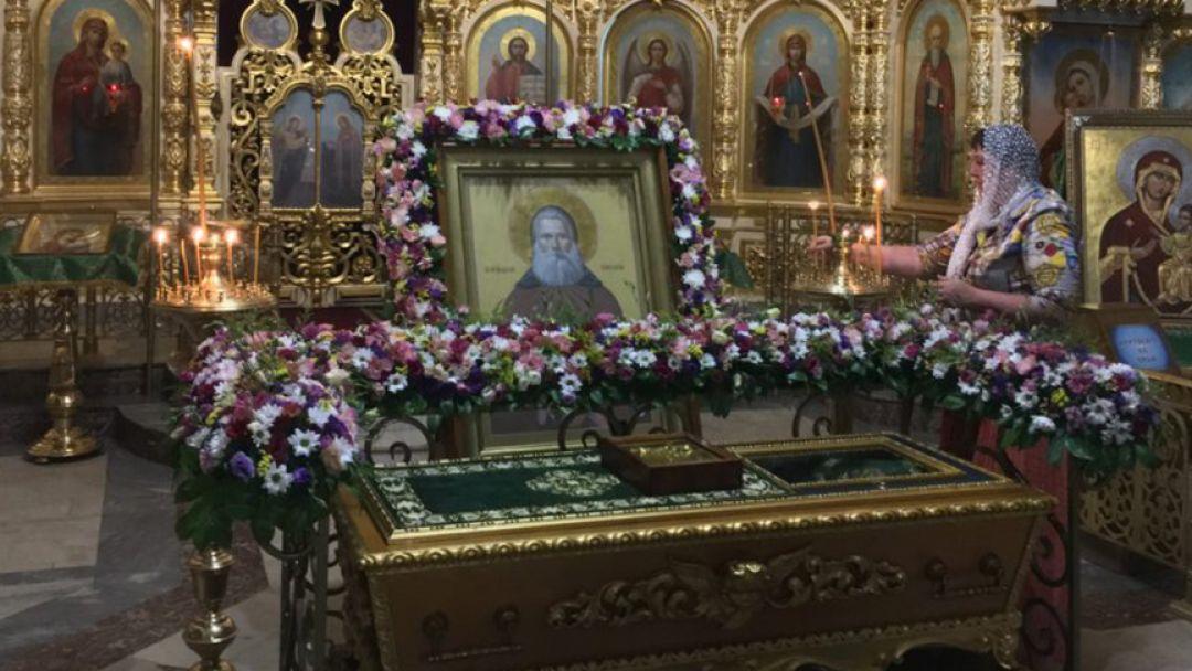 К мощам Св. Феодосия - фото 2