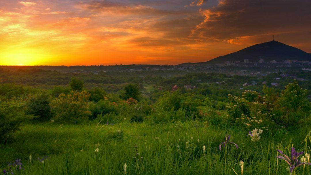 Рассвет на Машуке (скандинавская ходьба) - фото 2