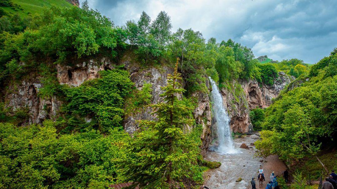 Медовые Водопады - гора Кольцо - Замок - фото 2