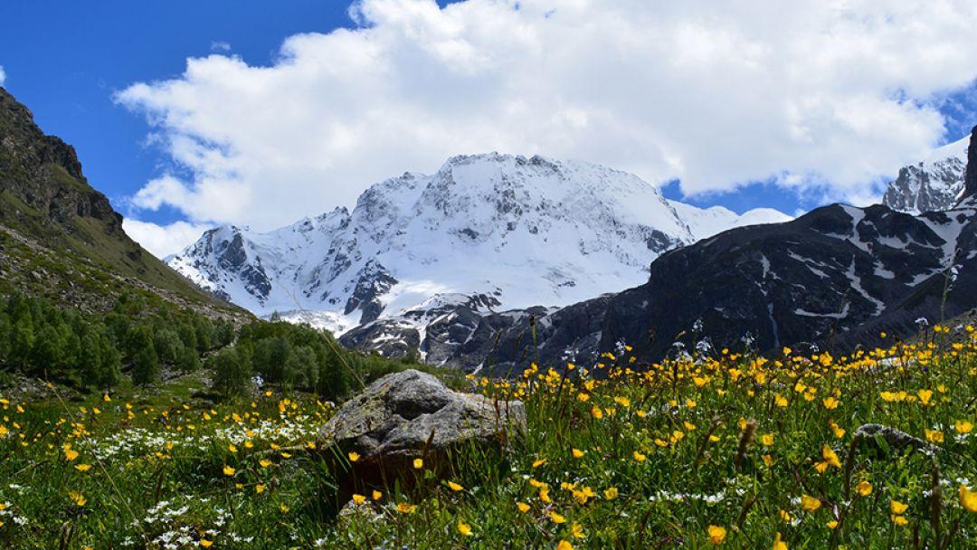 Мать гора Уллу-Тау на джипе - фото 1