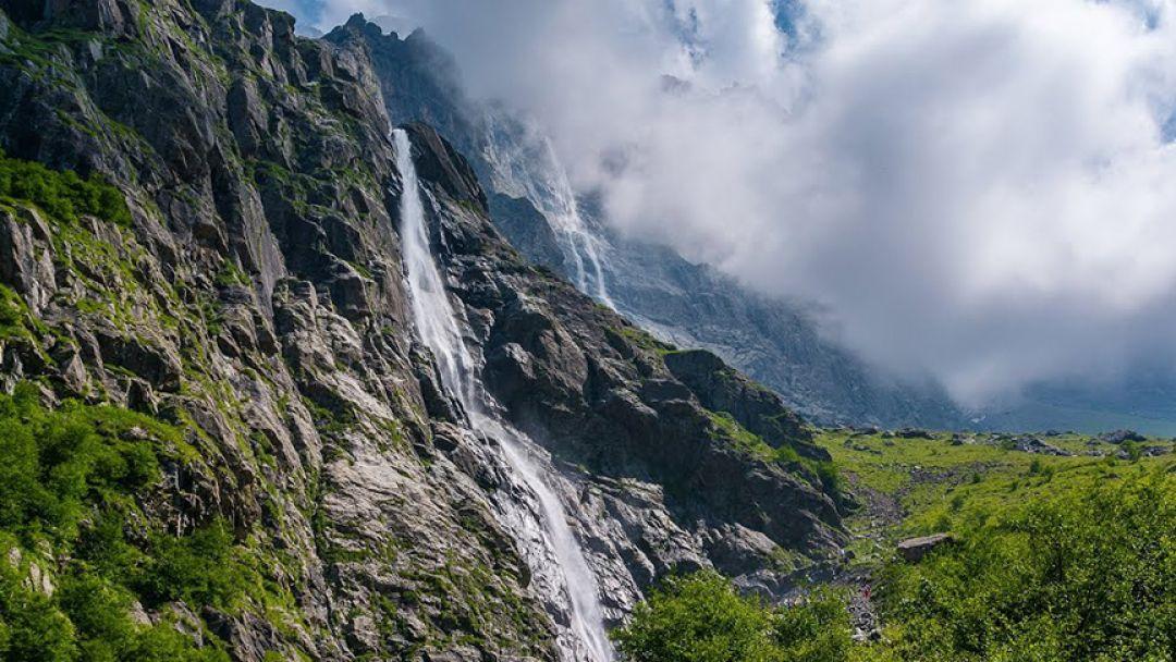 Мидаграбинские водопады на джипе - фото 1