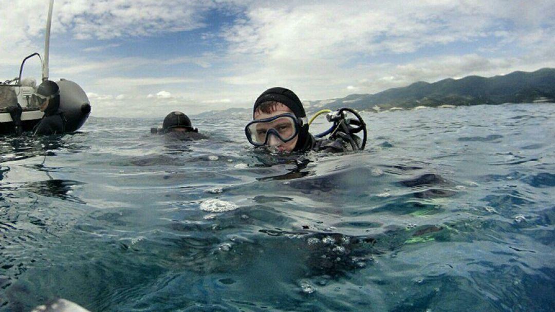 Дайвинг, погружение с аквалангом в Черном море с катера в Новороссийске