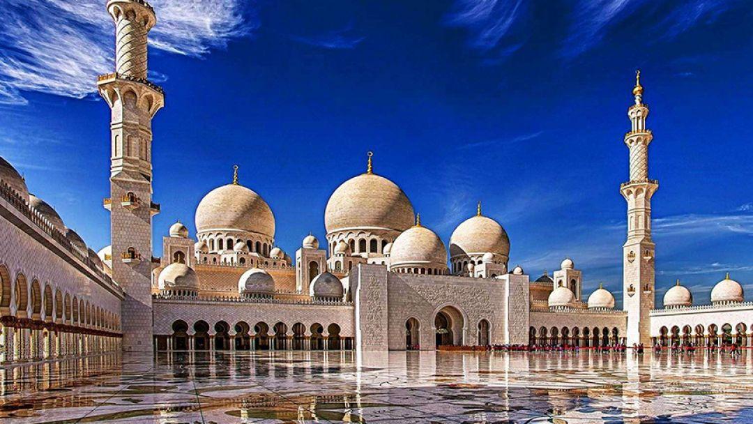 Один день в сказочном Абу-Даби в Шарджа