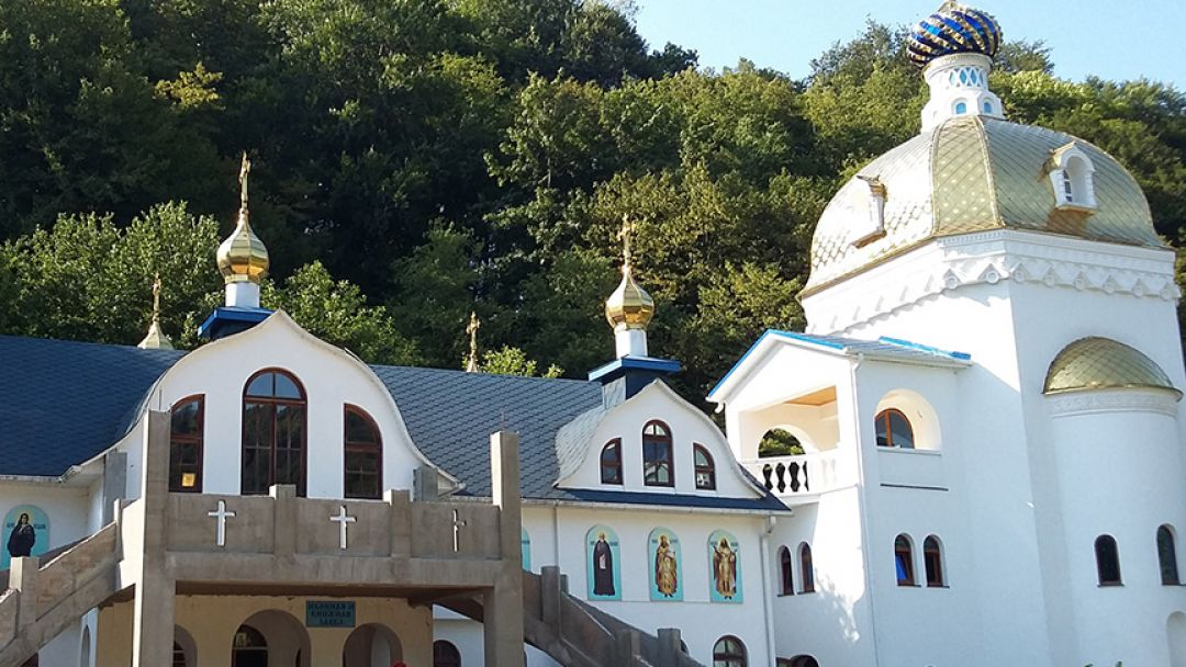 Женский монастырь в селе Лесное  - фото 2