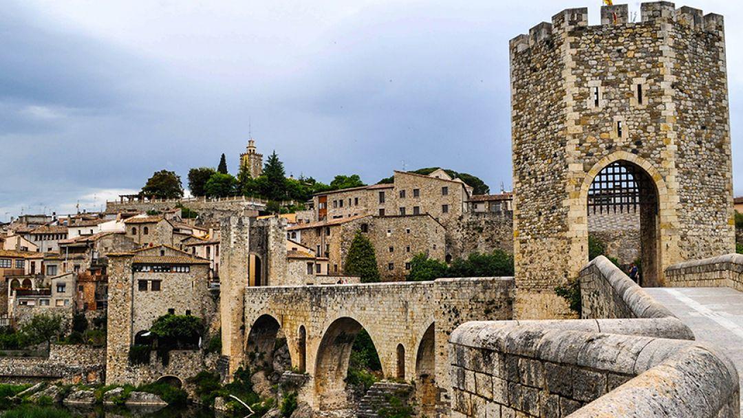 Жирона и средневековое графство Бесалу - фото 2
