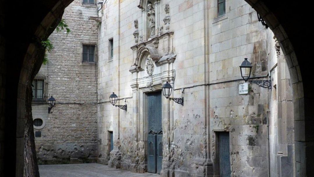 Готический квартал — сердце средневековой Барселоны