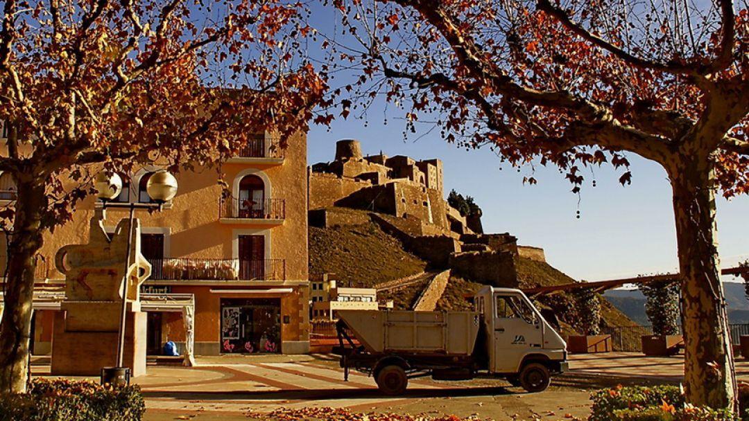 """Монастырь Сан-Мигель-дель-Фай, """"Соляная гора"""", Замок Кардона - фото 3"""