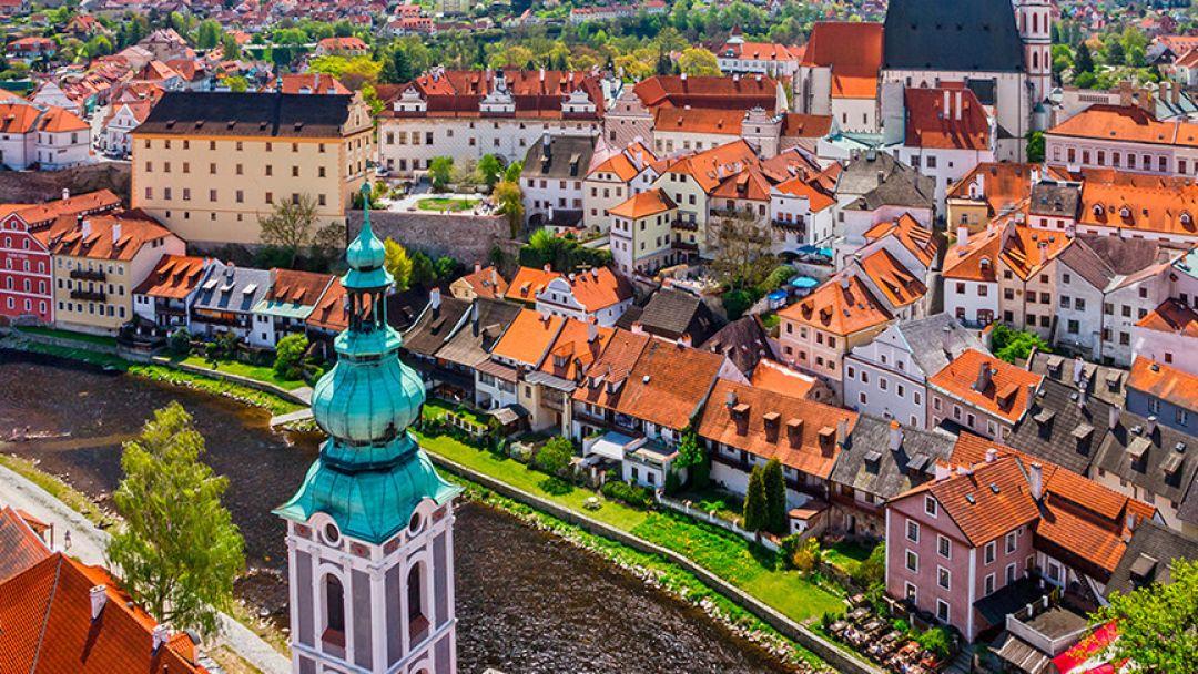 Чешский Крумлов и Замок Глубоко над Влатвой - фото 2