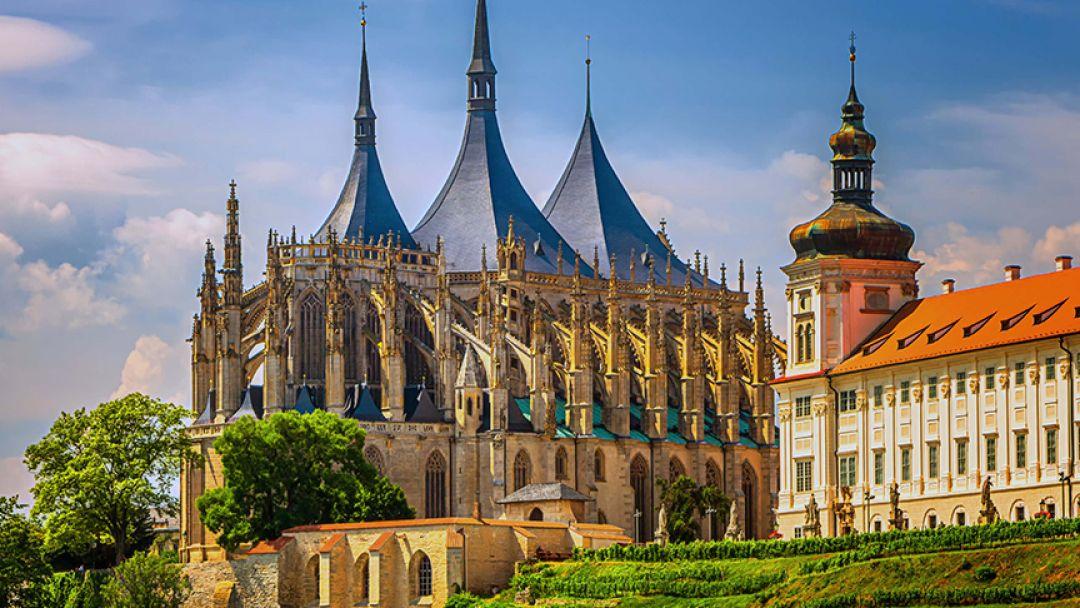 Кутна Гора и замок Чешский Штернберг в Праге