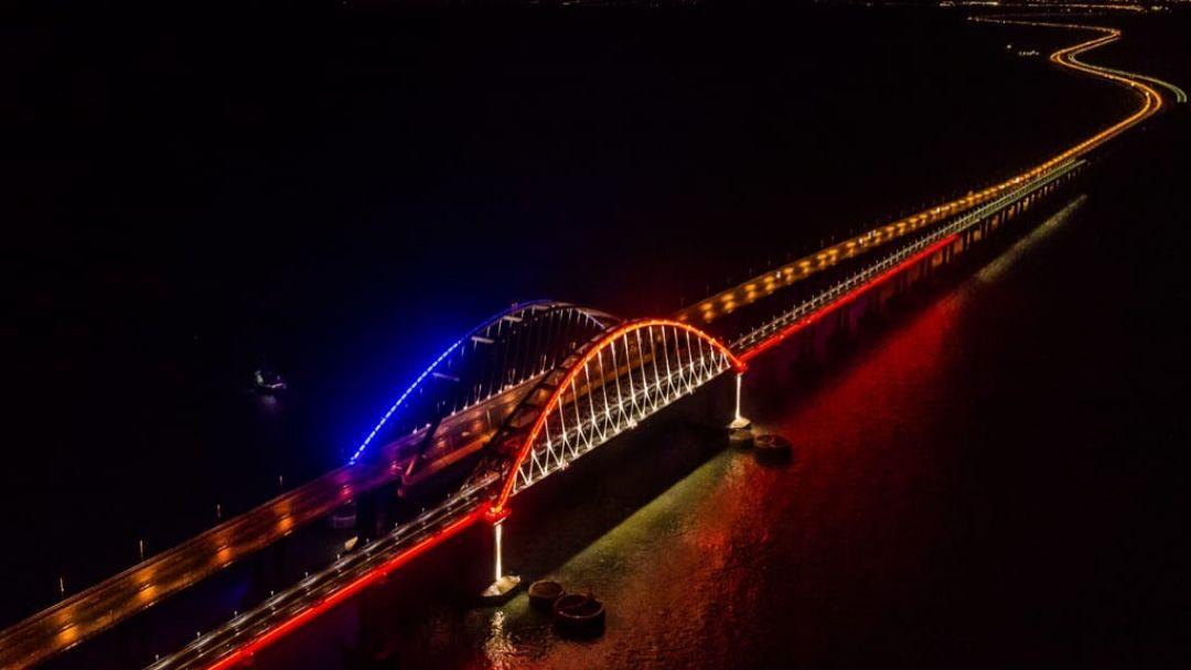 Крымский мост и город Керчь - фото 2