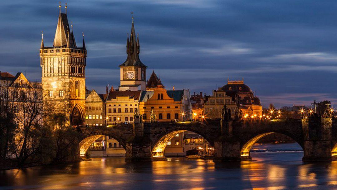 Вечерняя Прага без туристического водоворота - фото 1