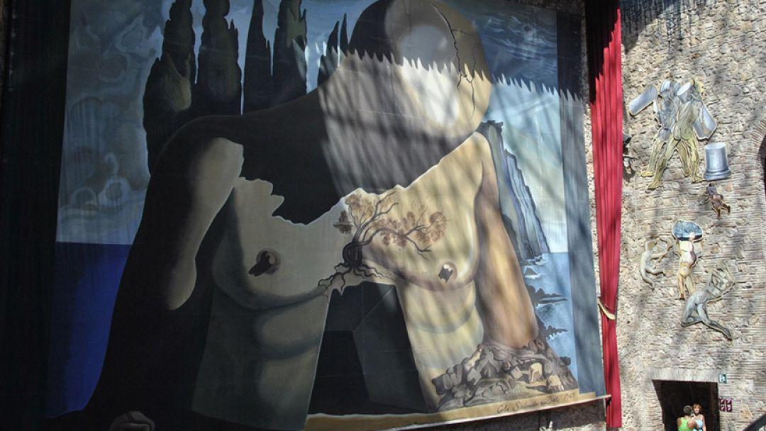 Театр-музей С. Дали в Фигейросе - фото 2