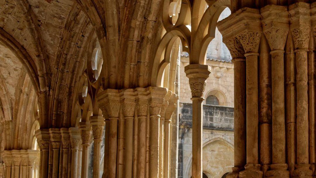 Цистерцианские монастыри: Поблет и Святого Креста - фото 2