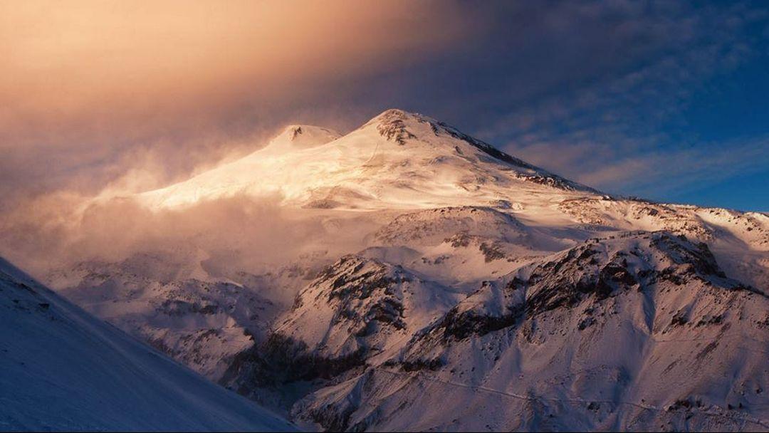 Эльбрус  - Пятигорск  – Кисловодск – гора Кольцо -Термальные источники «Долина гейзеров», тур на 2 дня