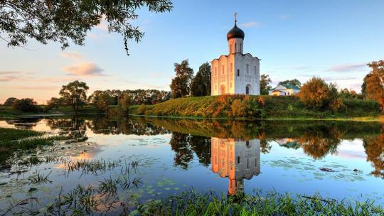 Церковь Покрова на Нерли в Владимире