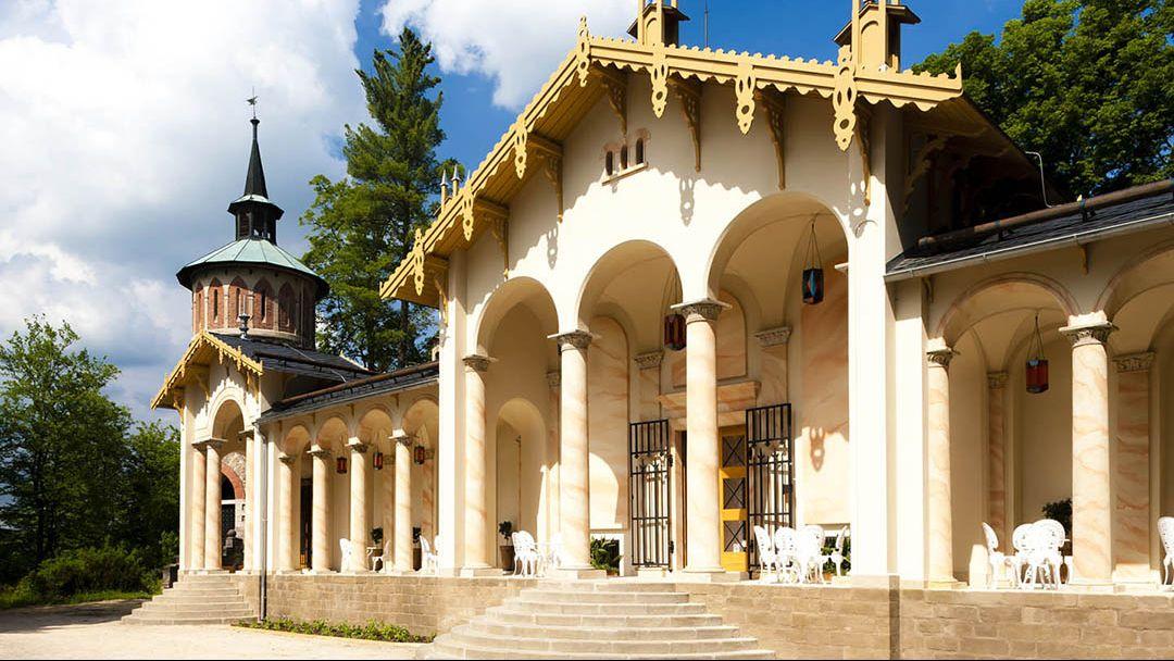 Замок Сихров + Турнов + автозавод «Шкода» - фото 1