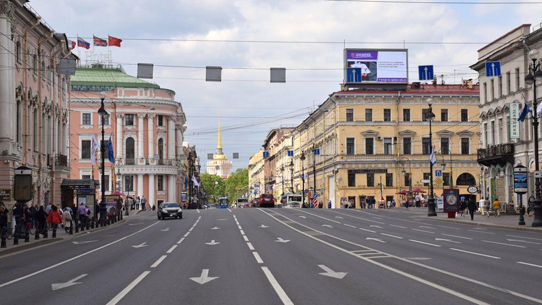 Невский. Прогулка по дворам и парадным главного проспекта - фото 2
