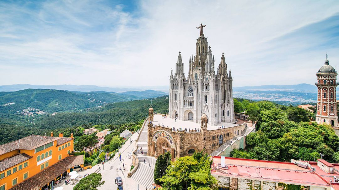 Большая обзорная экскурсия по Барселоне на автомобиле - фото 3