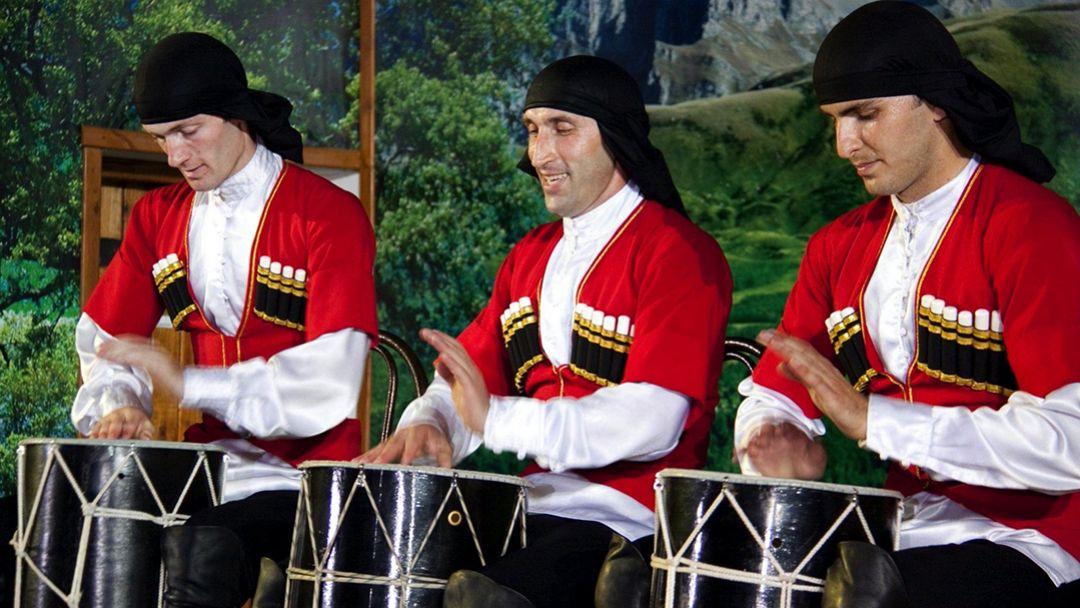 Театрализованное представление в Черкесском ауле - фото 5