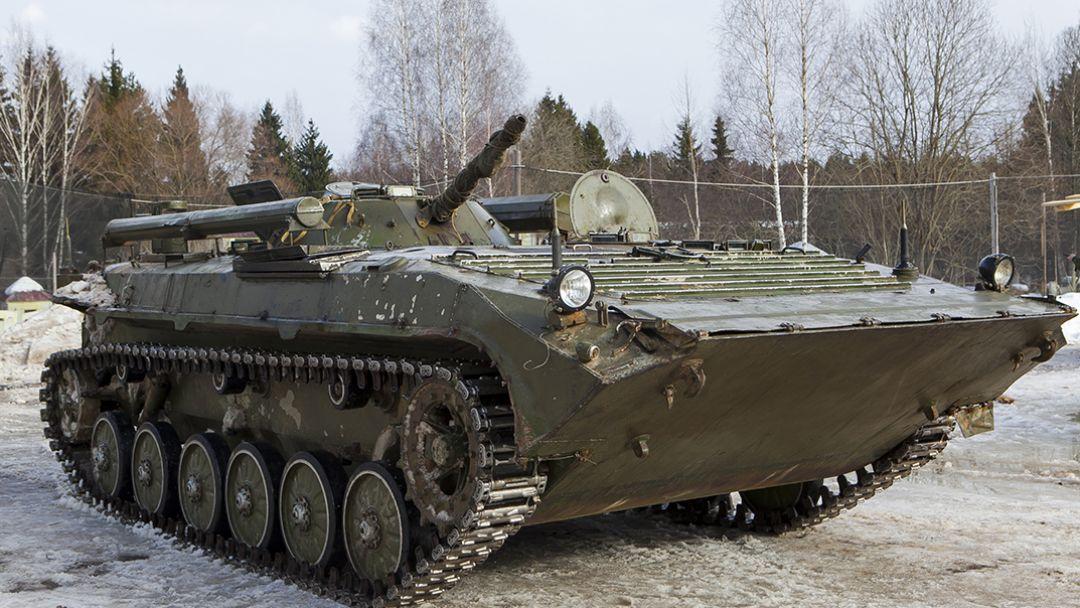 Поездка на бронетехнике БМП-1 в Москве