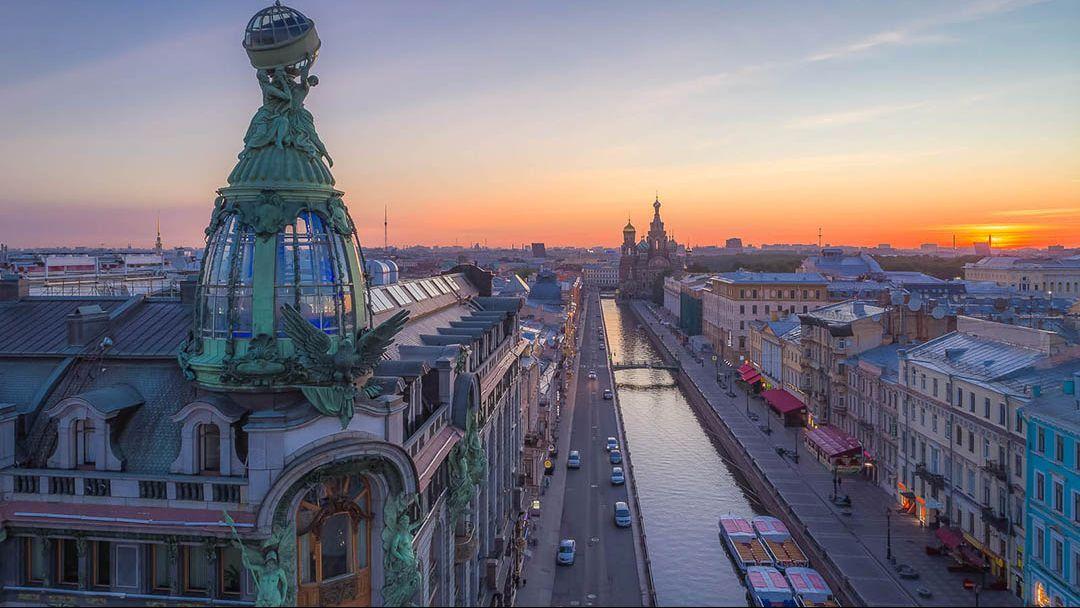 Квест-экскурсия «От Дворцовой площади до Казанского собора» в Санкт-Петербурге - фото 3