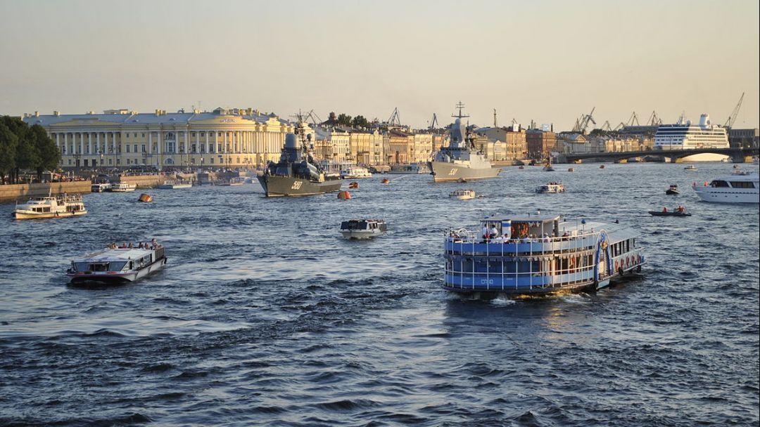 Большая обзорная экскурсия по СПб: на автобусе и теплоходе - фото 2