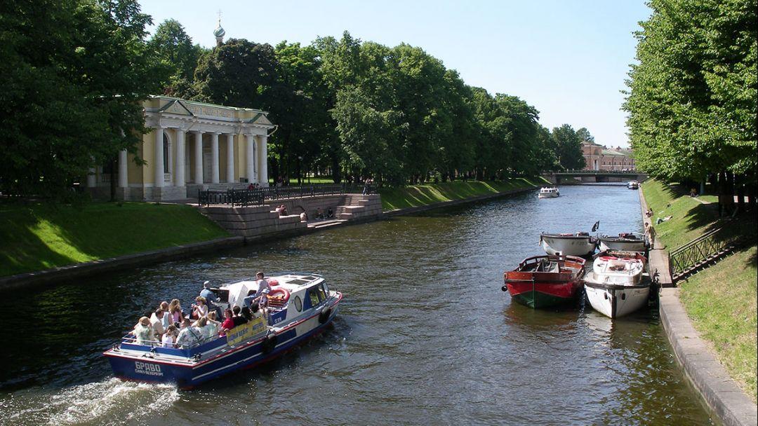 Большая обзорная экскурсия по СПб: на автобусе и теплоходе - фото 3