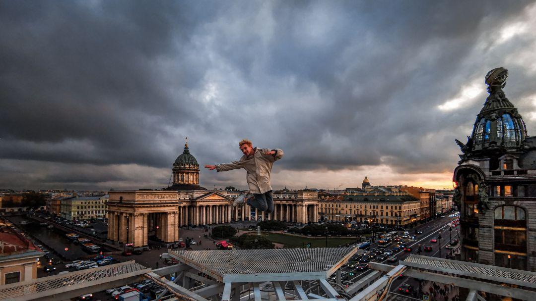 Экскурсия по Парадным + прогулка по крышам Санкт-Петербурга  - фото 2