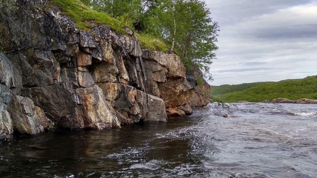 Кольские водопады в Мурманске