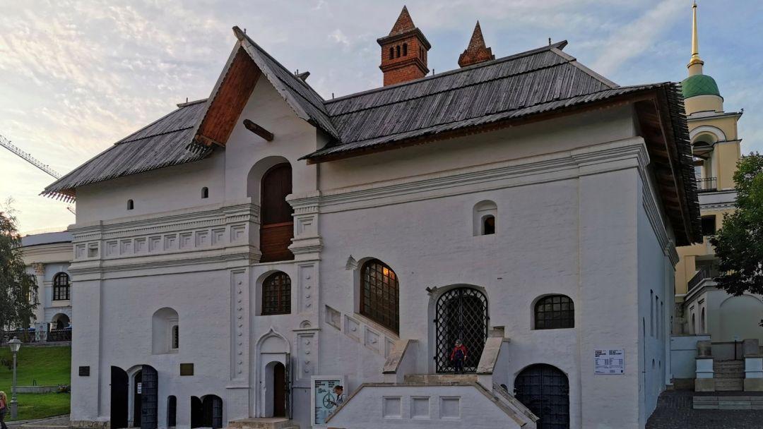 Средневековая Москва: калачи, сбитни, Романовы и собор Василия Блаженного  - фото 3