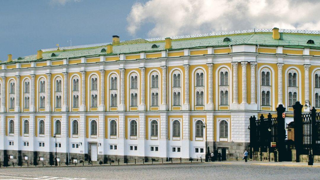 Красная площадь + Оружейная палата с ауд.гидом в Москве