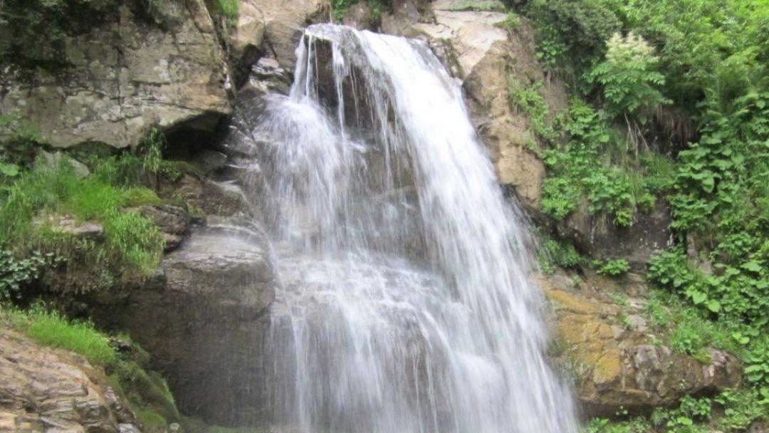 33 водопада и национальное шоу - фото 3