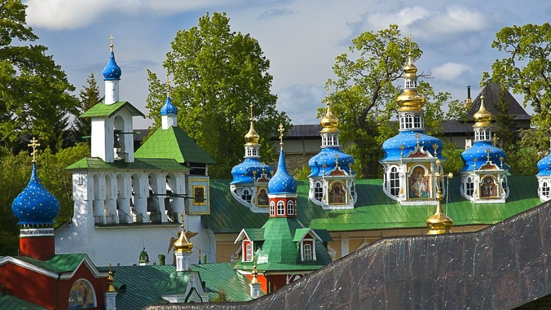 Изборск- Псковско-печерский монастырь в Пскове