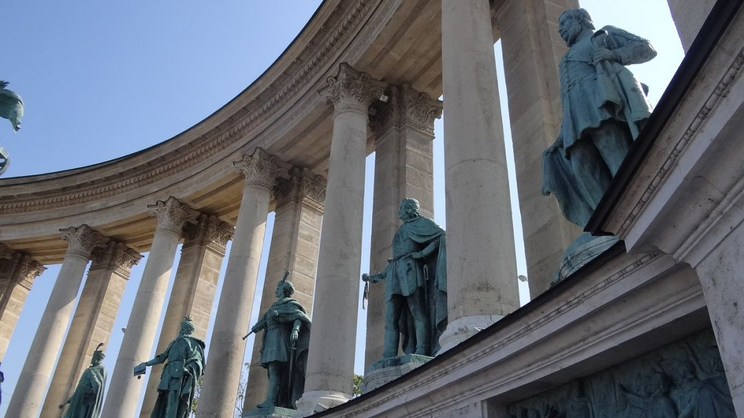 Монумент Тысячелетие и Варошлигет - фото 3