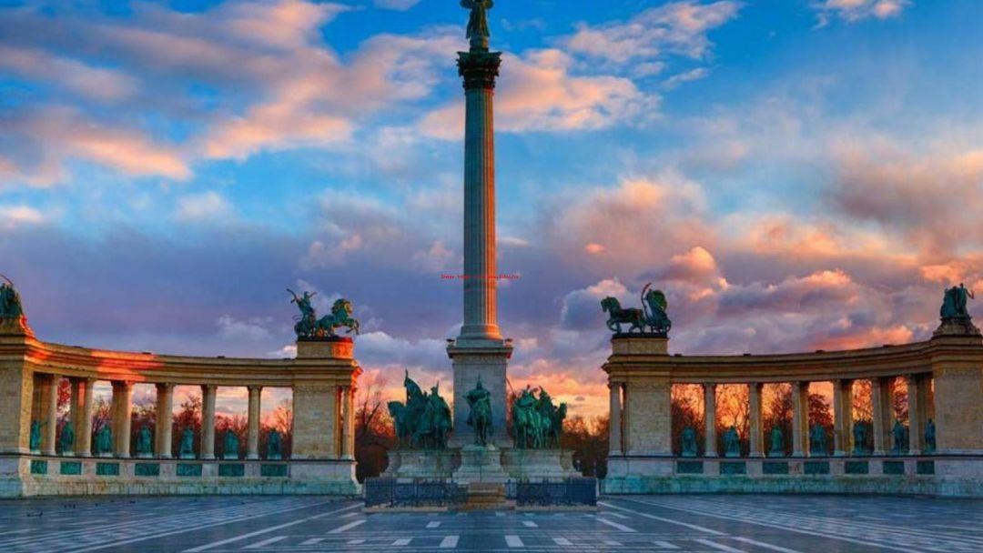 Монумент Тысячелетие и Варошлигет - фото 5