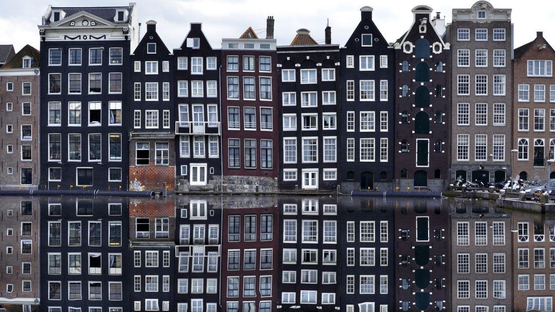 Онлайн-прогулка по центру Амстердама в реальном времени в Амстердаме