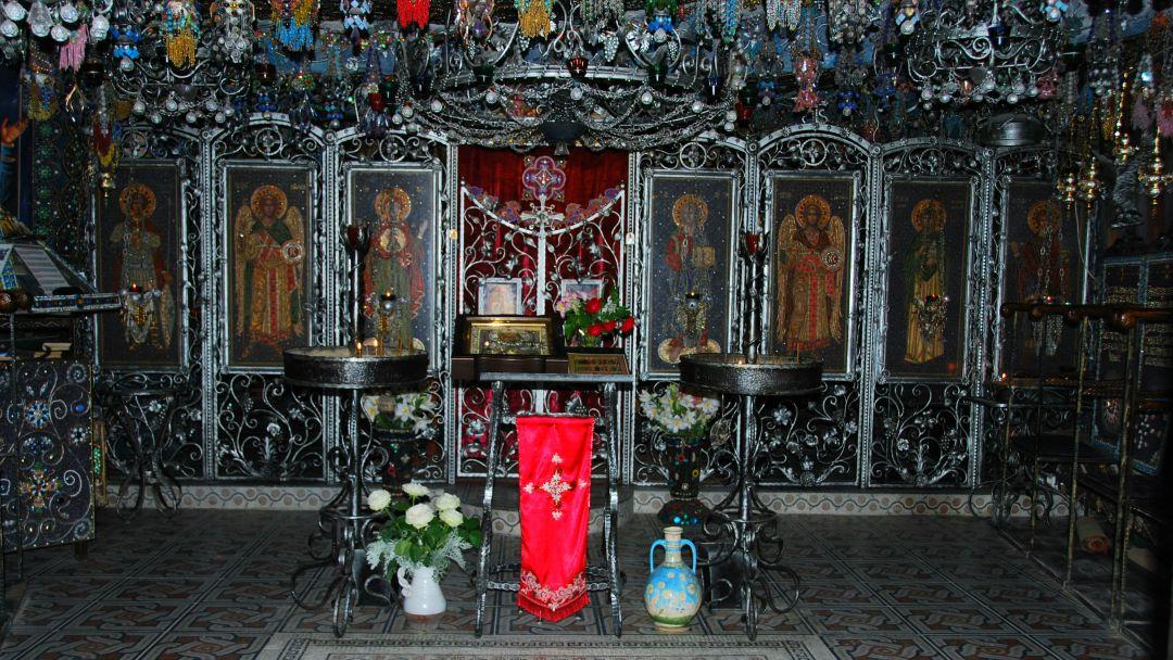 Качи-Кальон. Бисерный храм Анастасии Узорешительницы  - фото 12