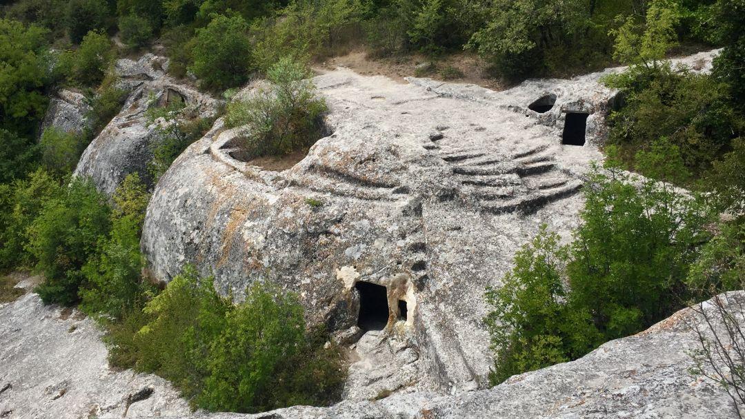 Пещерный город Эски-Кермен - фото 7