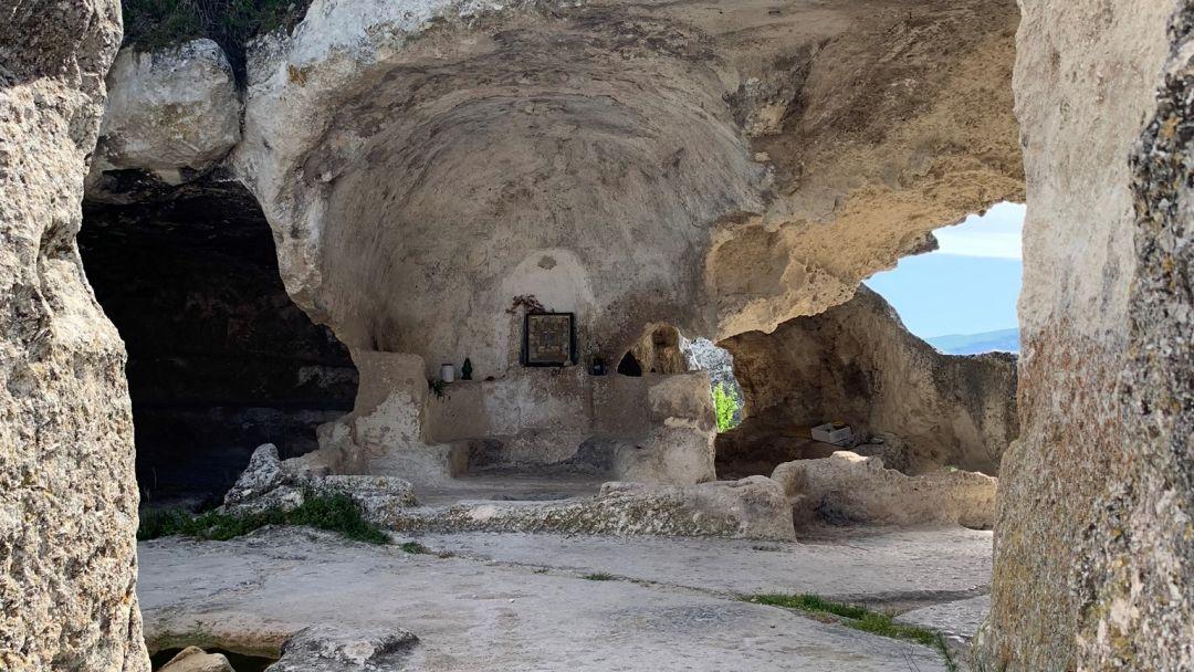Пещерный город Эски-Кермен - фото 10
