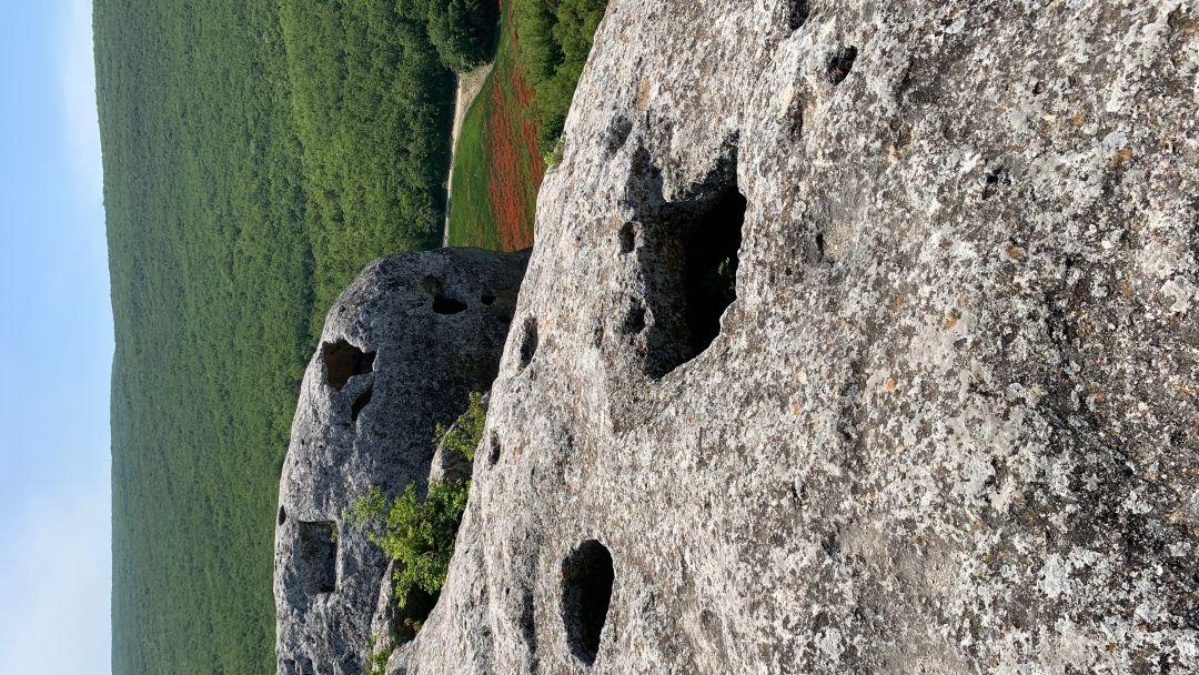 Пещерный город Эски-Кермен - фото 12