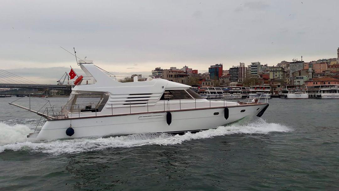 Босфор и Золотой рог на индивидуальной яхте с Гидом - фото 2