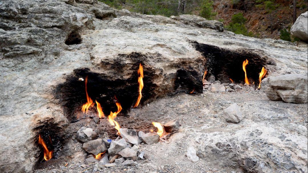Гора Янарташ - мифическая гора Химера - фото 6