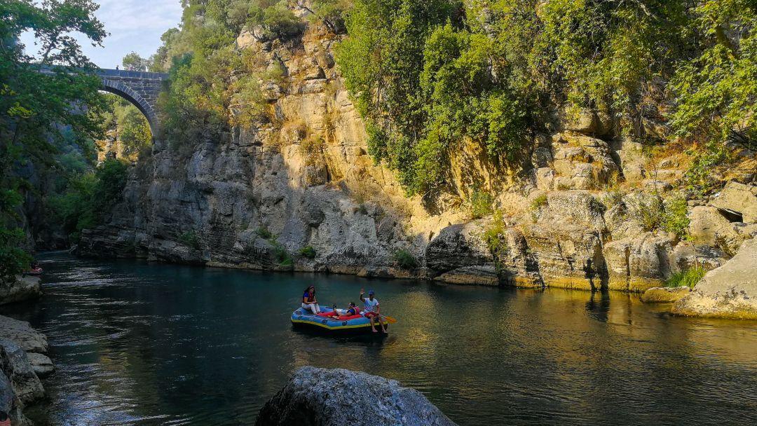 Тазы каньон и римский мост на одной реке - фото 5