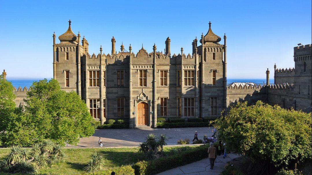 Блистательные дворцы Южнобережья - фото 3