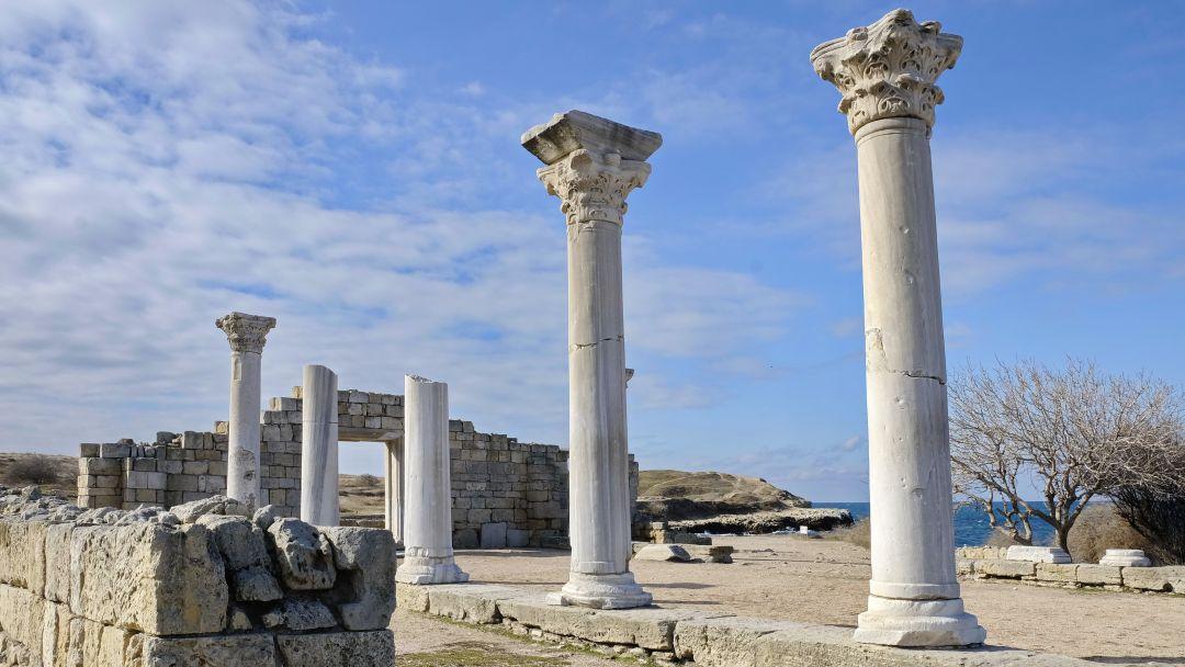 Морская прогулка в открытое море к Древнему городу Херсонес Таврический в Севастополе
